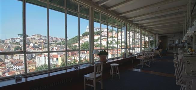 Coffee with a view over Lisbon – Café da Garagem