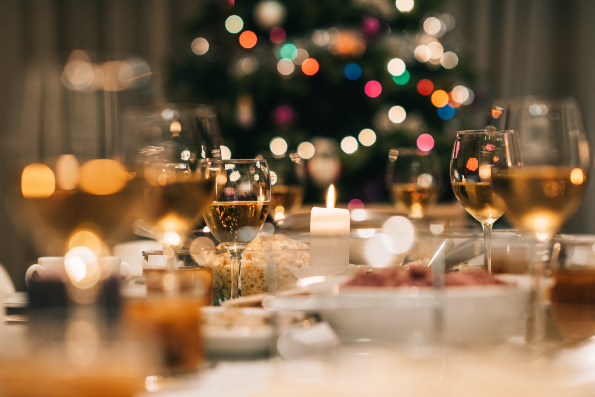 Christmas Restaurant.Eat Out In Lisbon On Christmas And New Year Neighbourly Lisbon